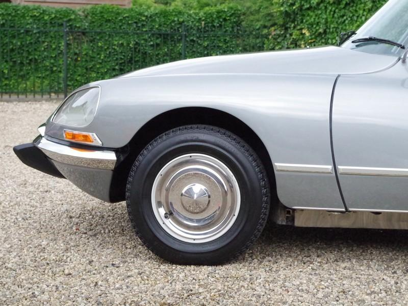CITROËN DS21 PALLAS INJECTION WITH SUNROOF AND MANUAL GEARBOX! . (1970) #46