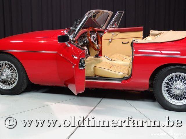 MG B Roadster Red '67 #131