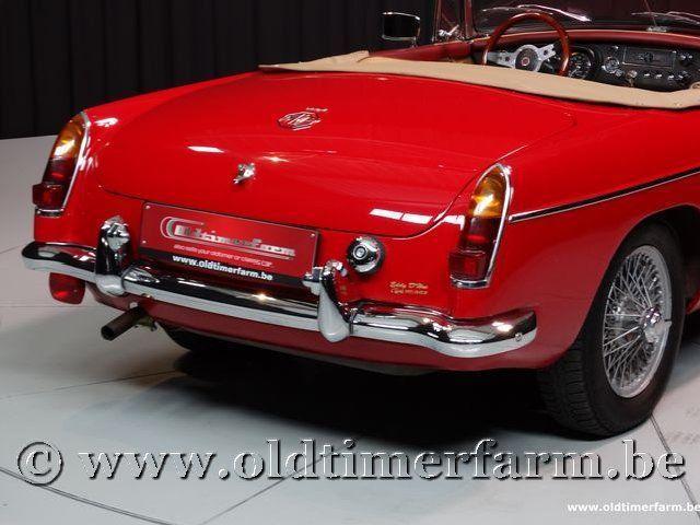 MG B Roadster Red '67 #96