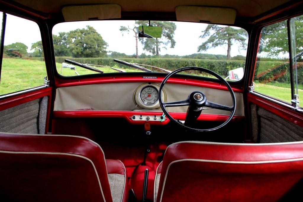 Austin Mini Countryman De-Luxe #12