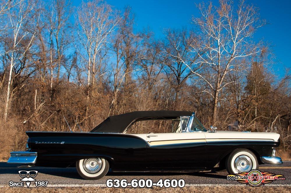 1957 Ford Fairlane 500 Sunliner Restomod #61