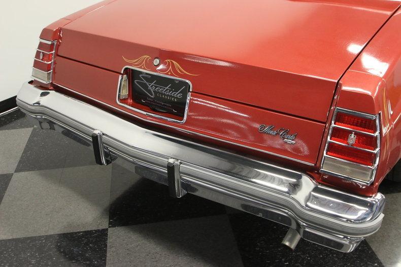 1977 Chevrolet Monte Carlo Landau #19