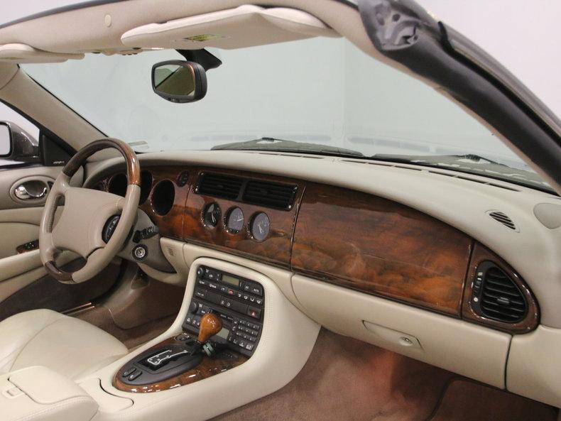 2000 Jaguar XK8 #49
