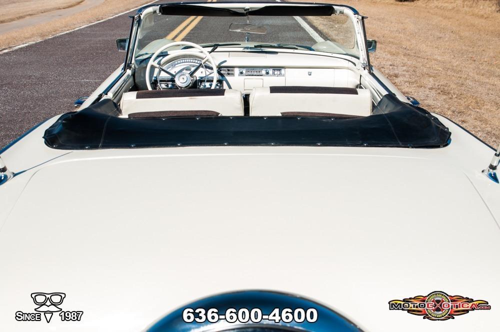 1957 Ford Fairlane 500 Sunliner Restomod #45