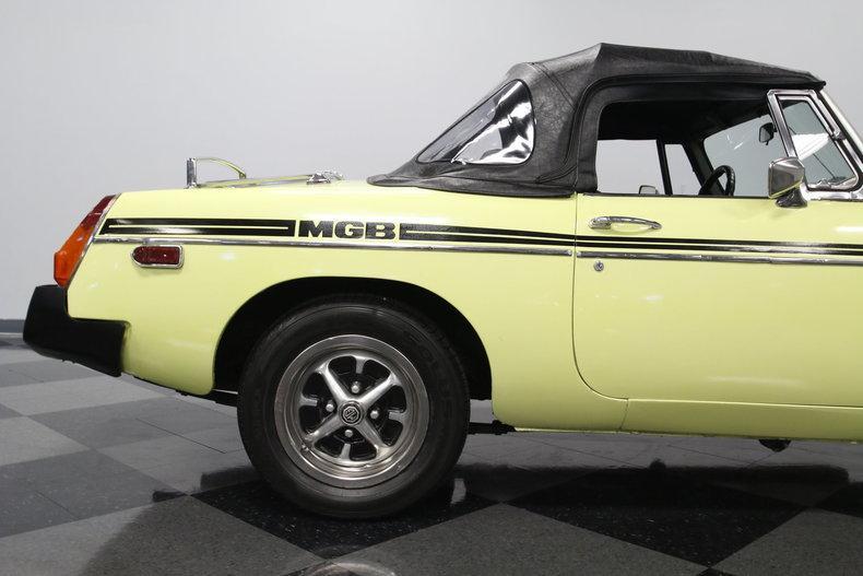 1976 MG MGB #22