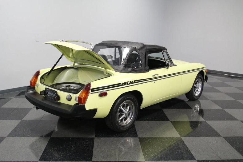 1976 MG MGB #29