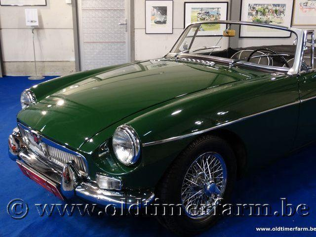 MG B Roadster Green '66 #7