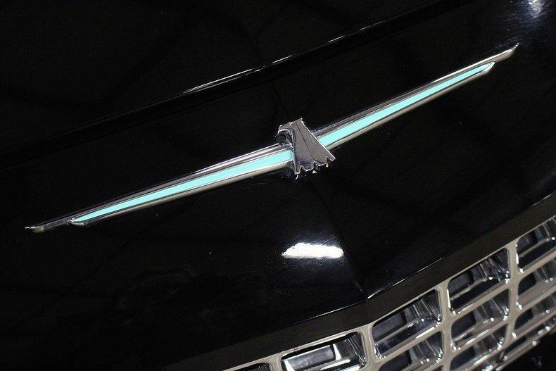 2005 Ford Thunderbird #32