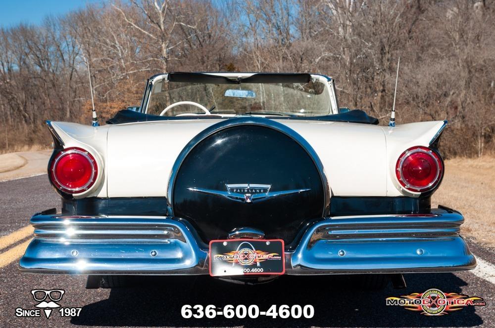 1957 Ford Fairlane 500 Sunliner Restomod #9