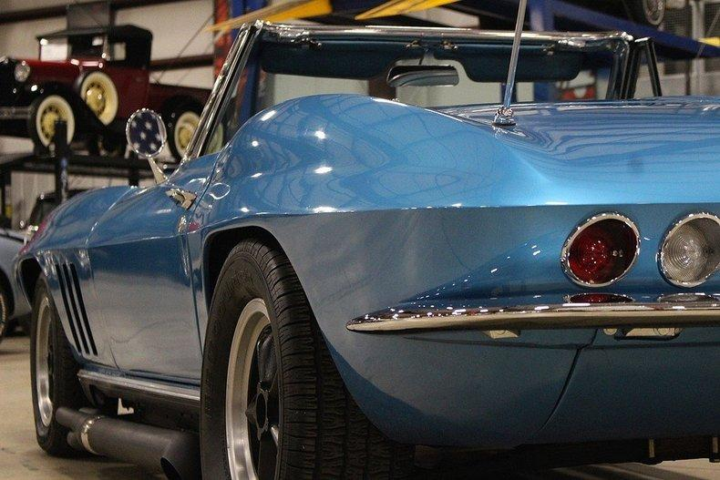 1965 Chevrolet Corvette #26