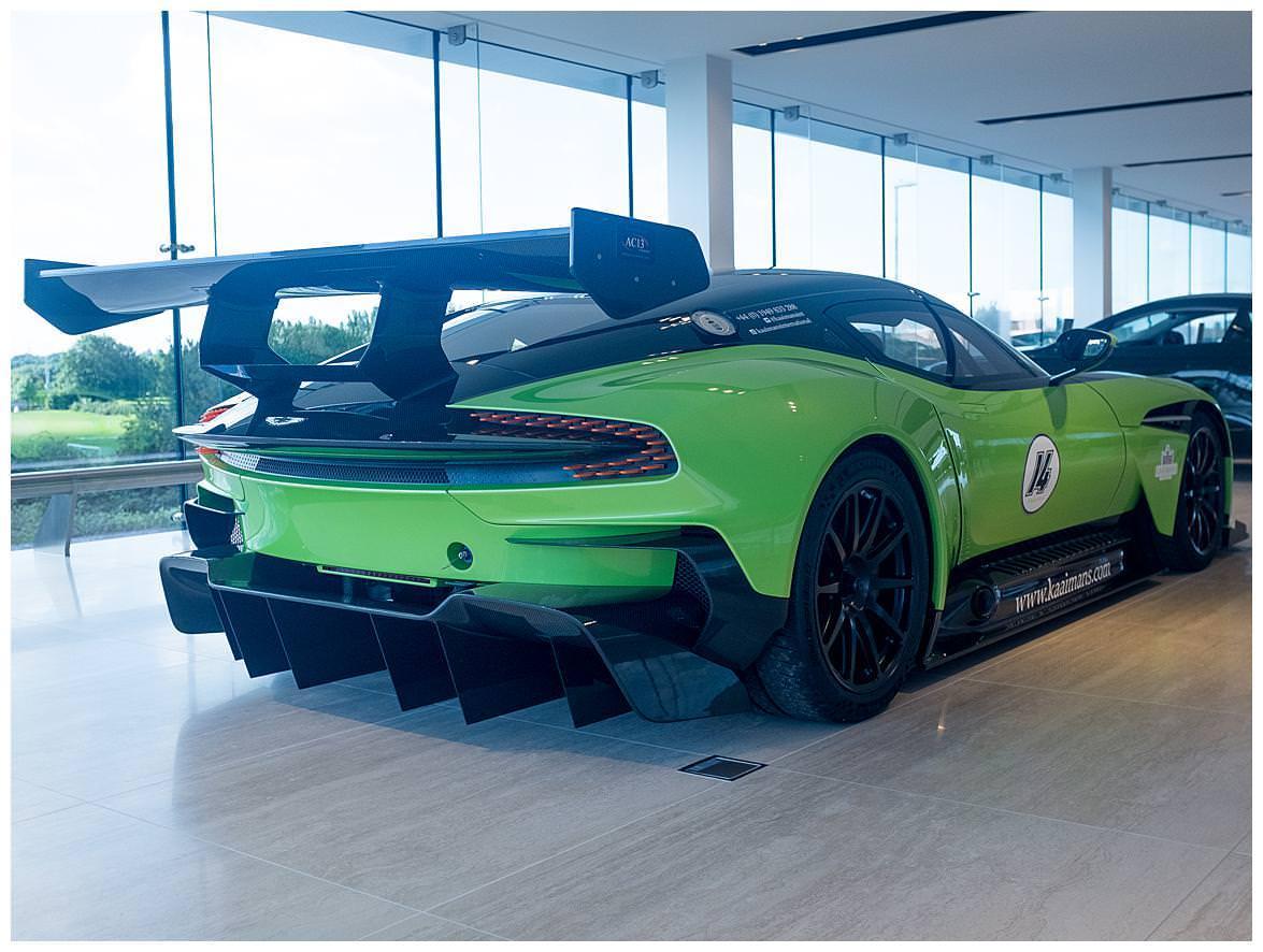 Aston Martin Vulcan (Vat Qualifying) #25