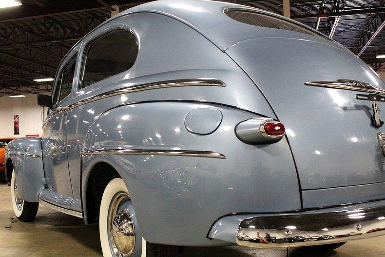 1948 Ford Deluxe #32