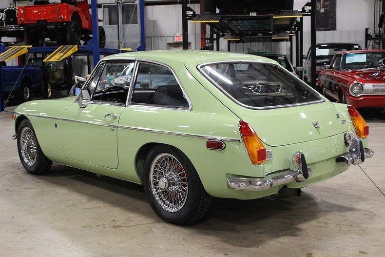 1970 MG MGB GT #2