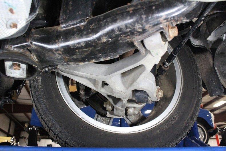 2005 Ford Thunderbird #96