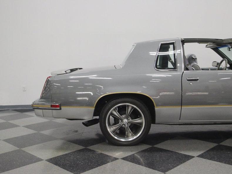 1985 Oldsmobile 442 #24