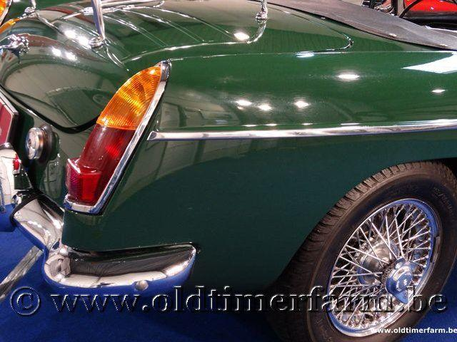 MG B Roadster Green '66 #35