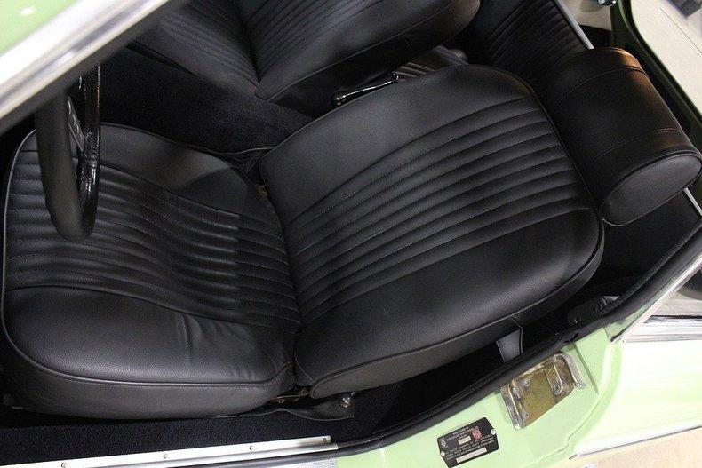 1970 MG MGB GT #34