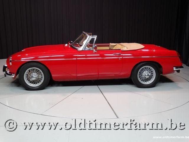 MG B Roadster Red '67 #10