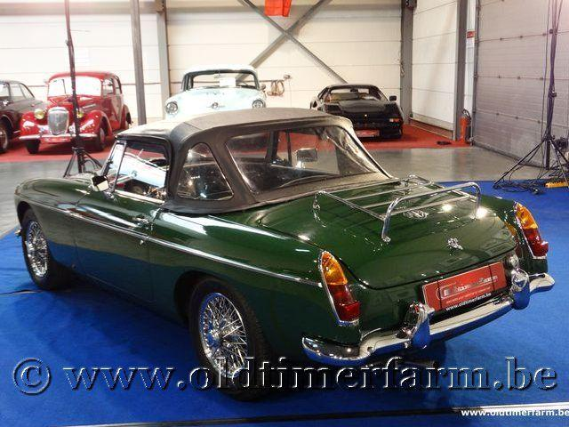 MG B Roadster Green '66 #117
