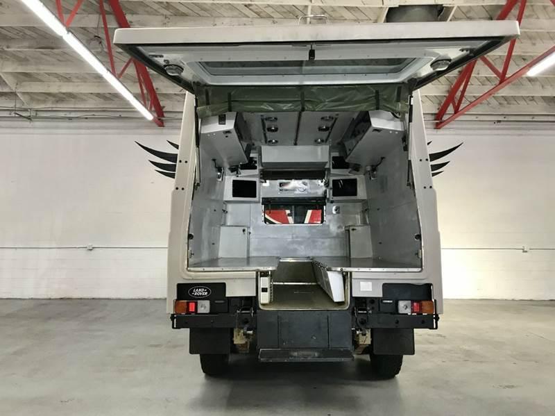 Land Rover Defender 110 Perentie Ambulance 6x6 1989 #5