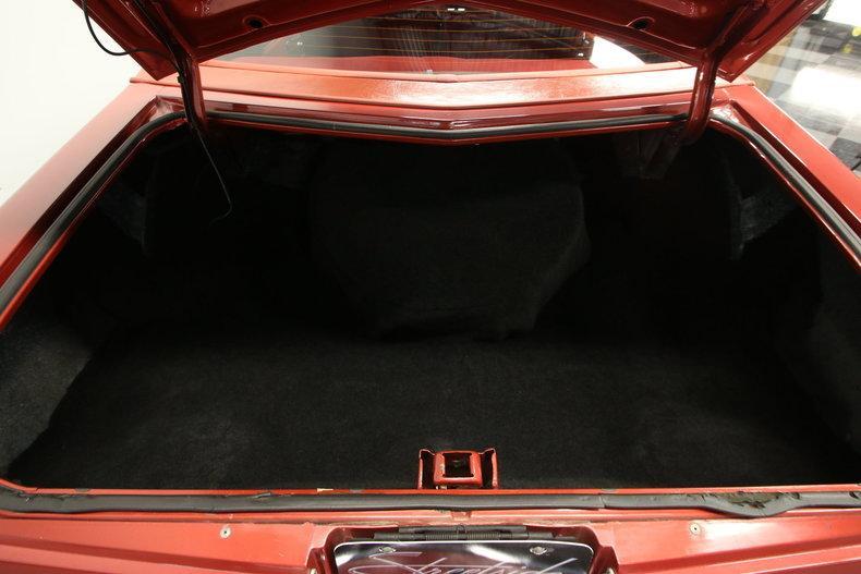 1977 Chevrolet Monte Carlo Landau #33