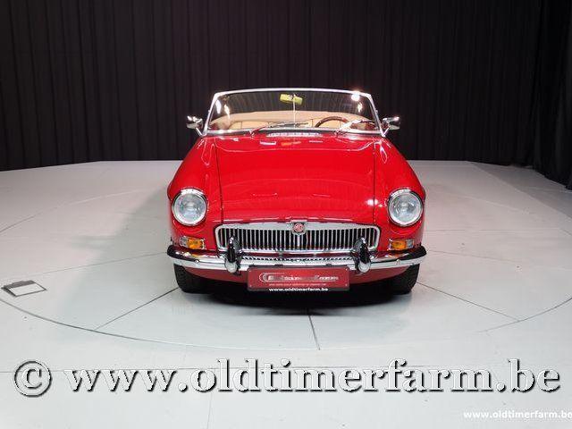 MG B Roadster Red '67 #52