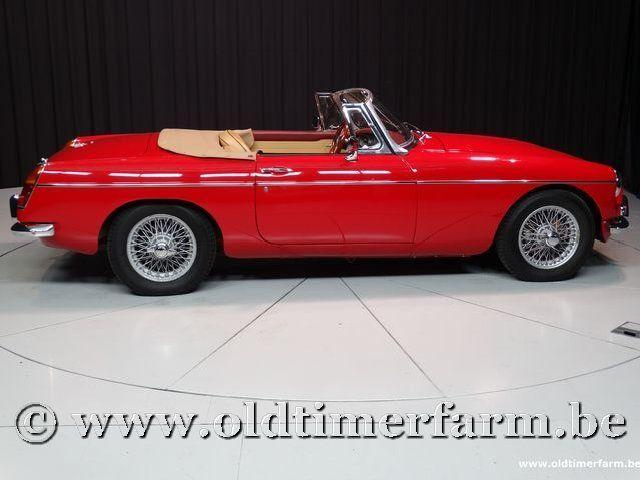 MG B Roadster Red '67 #74
