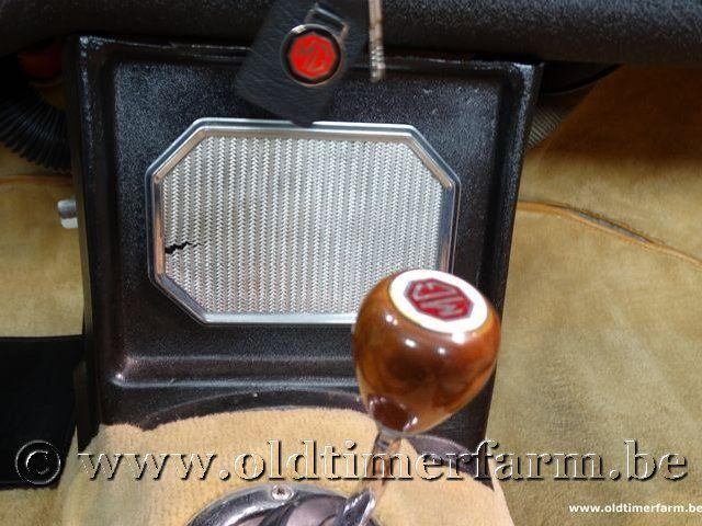 MG B Roadster Red '67 #156