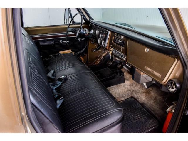 Chevrolet Pickup Custom Camper V8 #22