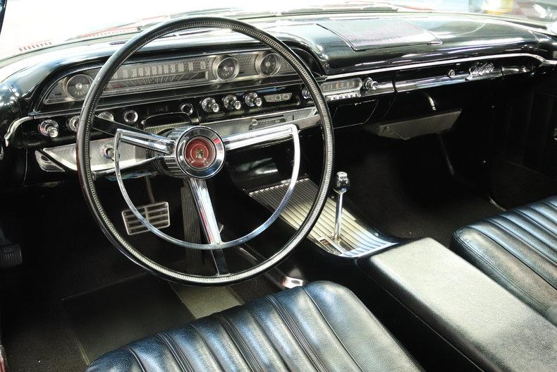 1962 Ford Galaxie 500 Sunliner #35