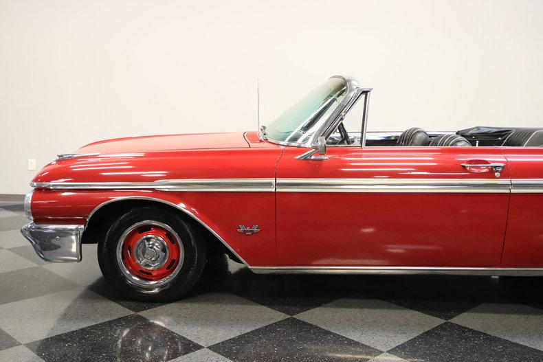 1962 Ford Galaxie 500 Sunliner #10