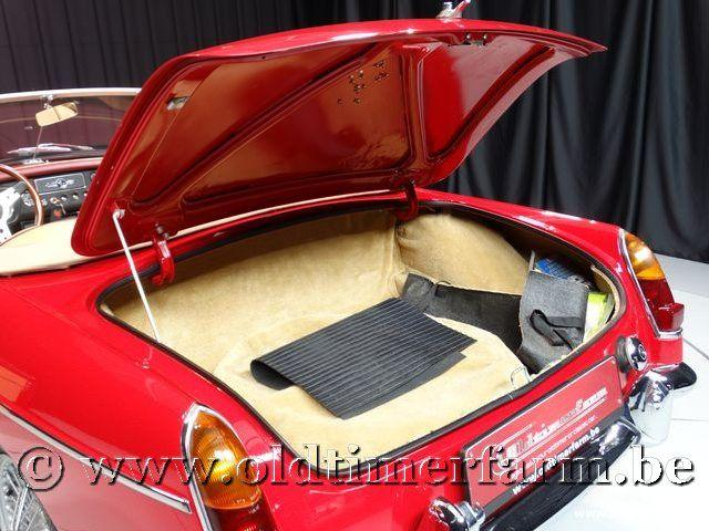 MG B Roadster Red '67 #138