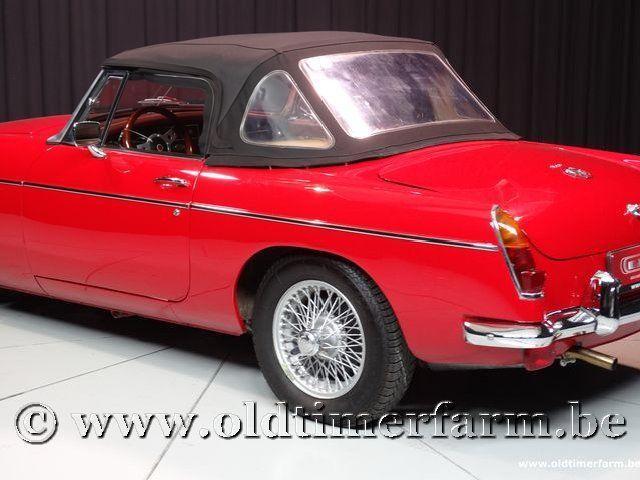 MG B Roadster Red '67 #219