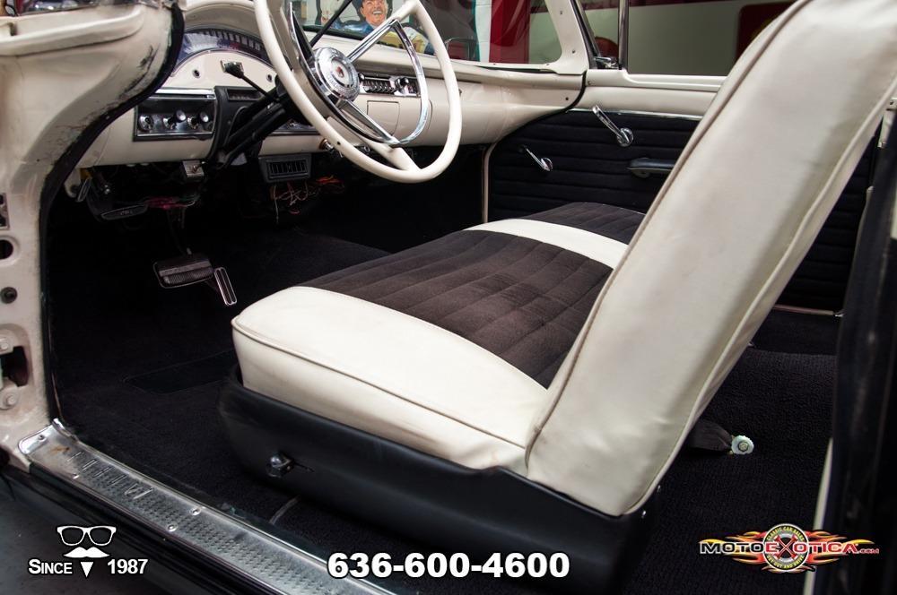 1957 Ford Fairlane 500 Sunliner Restomod #72