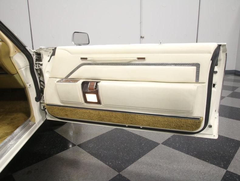 1975 Chrysler New Yorker Brougham #54