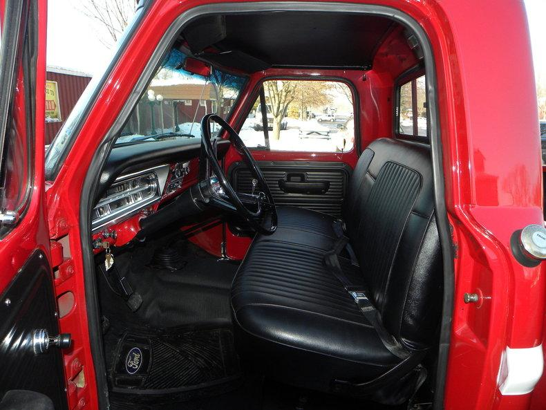 1969 Ford F100 Deluxe Styleside Pickup #25