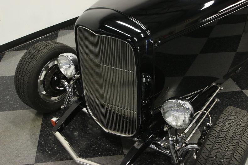 1932 Ford Highboy Roadster #7