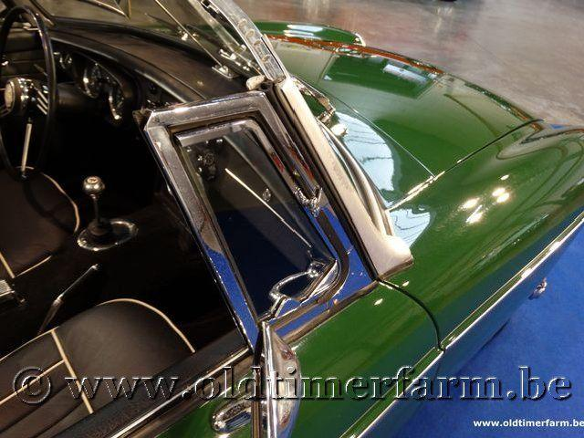 MG B Roadster Green '66 #76