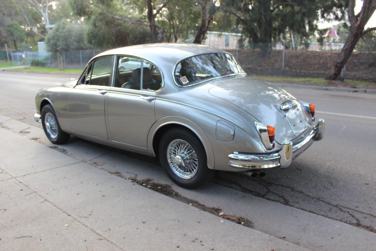 Jaguar 3.8 MKII #3