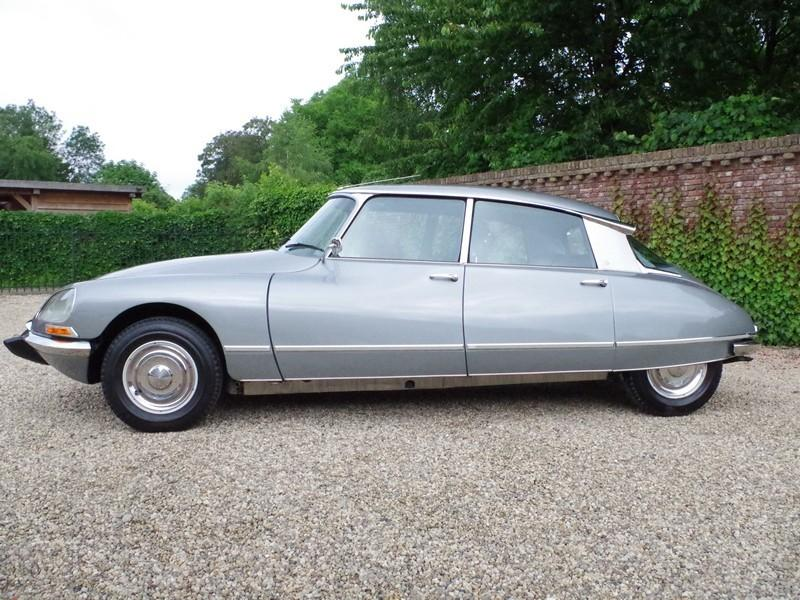 CITROËN DS21 PALLAS INJECTION WITH SUNROOF AND MANUAL GEARBOX! . (1970) #11