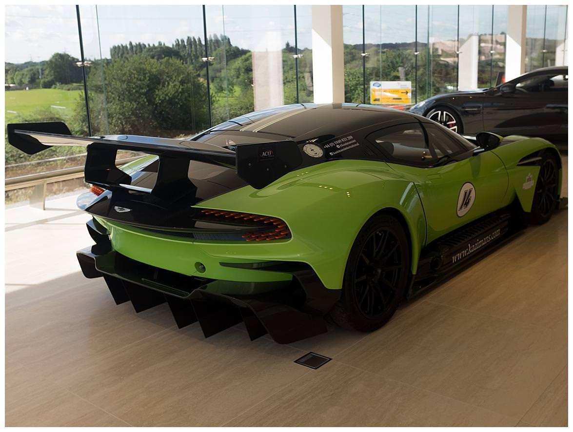 Aston Martin Vulcan (Vat Qualifying) #33