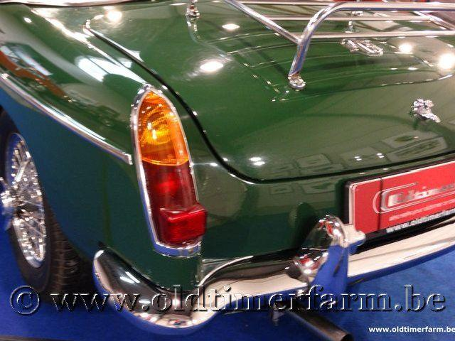 MG B Roadster Green '66 #42