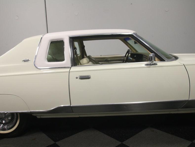 1975 Chrysler New Yorker Brougham #25
