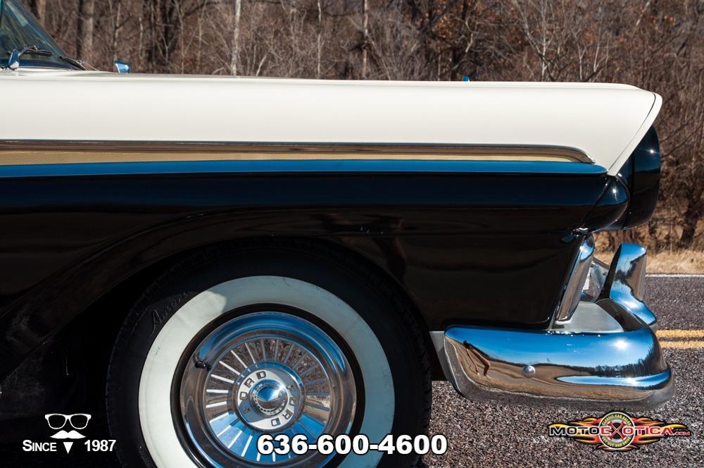 1957 Ford Fairlane 500 Sunliner Restomod #21