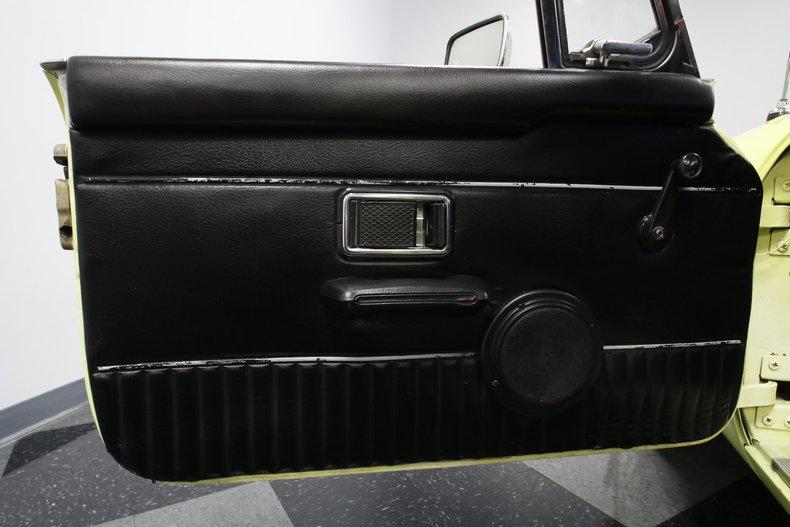 1976 MG MGB #34
