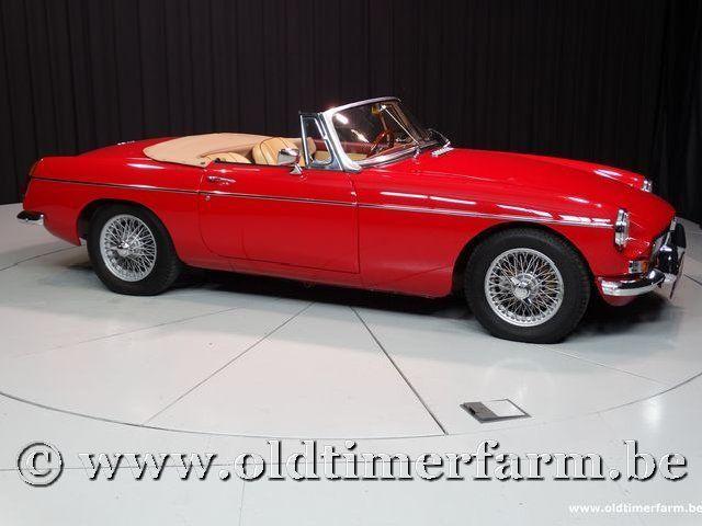 MG B Roadster Red '67 #77
