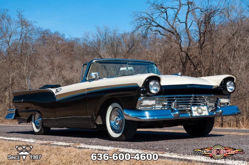 1957 Ford Fairlane 500 Sunliner Restomod #3