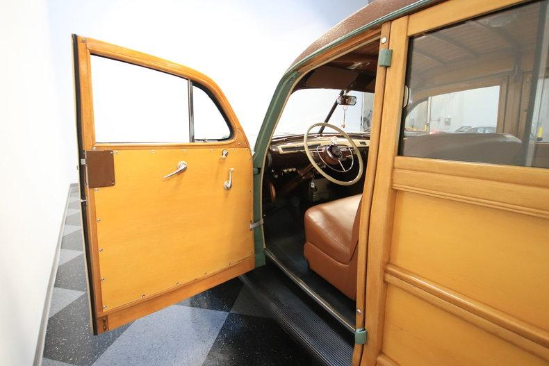 1941 Ford Woody Wagon #32