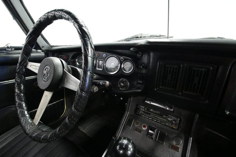 1976 MG MGB #44