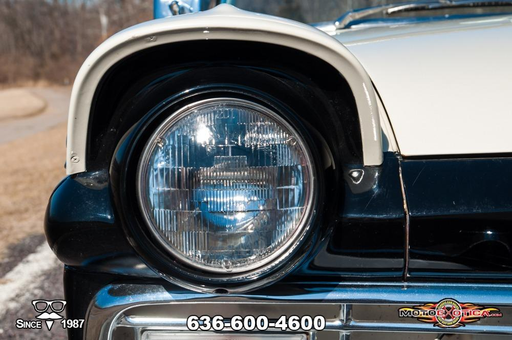 1957 Ford Fairlane 500 Sunliner Restomod #17